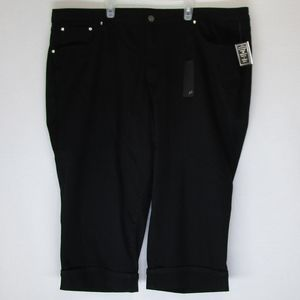 NWT Earl cropped black jeans